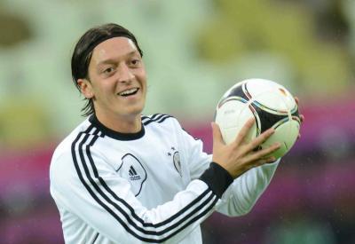 Mezut Ozil, 23 anni, positivo anche contro la Grecia (INFOPHOTO)