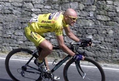 Marco Pantani fu grande protagonista ad Oropa nel 1999 (Infophoto)