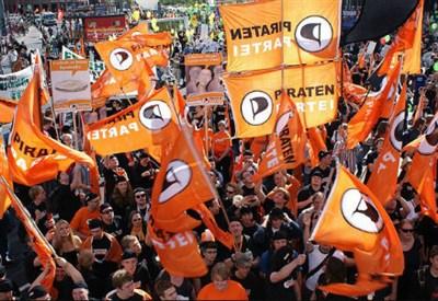 Alcuni sostenitori del Piratenpartei Deutschland