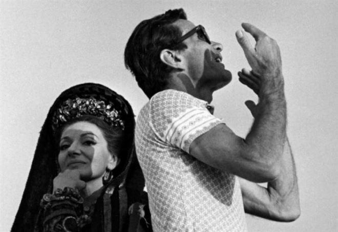 Maria Callas e Pier Paolo Pasolini sul set di Medea, nel 1969 (LaPresse)