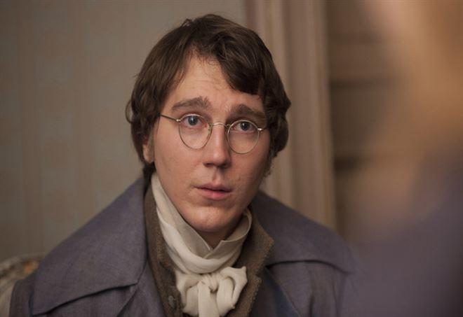 Paul Dano è Pierre Bezukhov/ L'attore protagonista nella ...