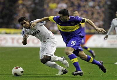 Paulinho è uno degli indisponibili (Infophoto)