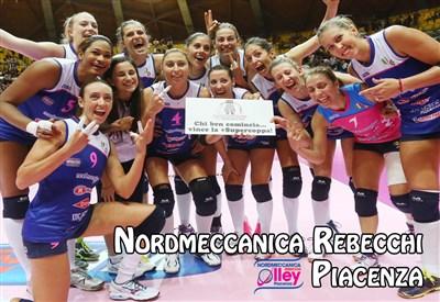 Piacenza festeggia la Supercoppa 2014 (da Facebook Lega Pallavolo Serie A Femminile)