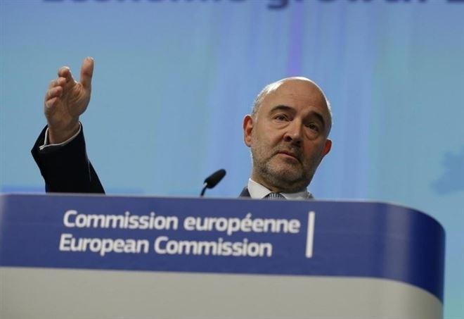 Pierre Moscovici, commissario Ue agli affari economici (LaPresse)
