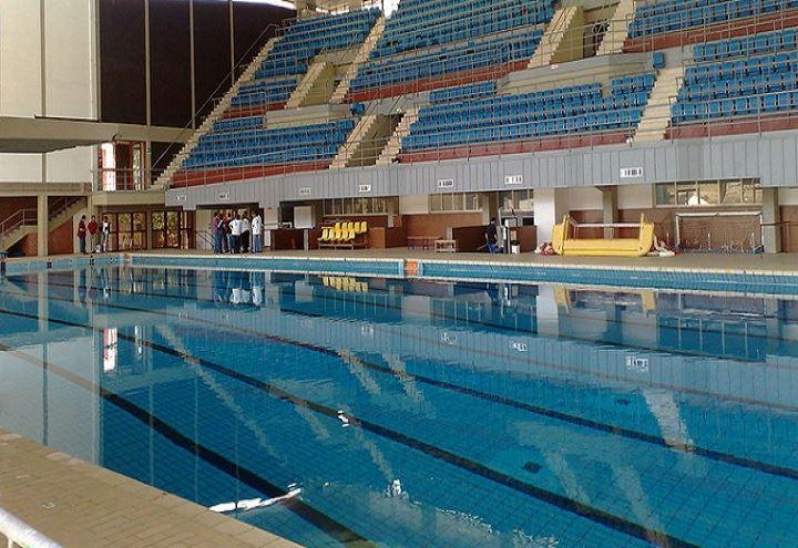 Napoli muore in piscina a 17 anni un ragazzo serio e for Piscina wikipedia