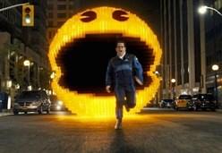 PIXELS/ Il film che regala risate tra videogame e bambinoni cresciuti
