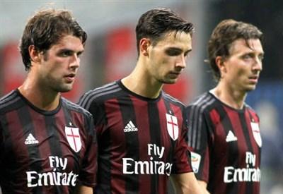 Da sinistra Andrea Poli, 26 anni, Mattia De Sciglio, 22 e Riccardo Montolivo, 30 (INFOPHOTO)