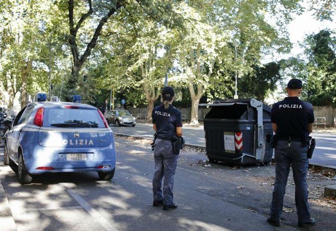 Polizia (Foto: Lapresse)