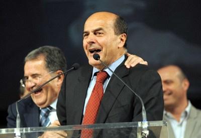 Romano Prodi con Pier Luigi Bersani (Immagine d'archivio)
