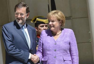 Mariano Rajoy e Angela Merkel (Infophoto)