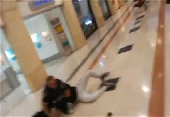 Auchan, rapina in gioelleria