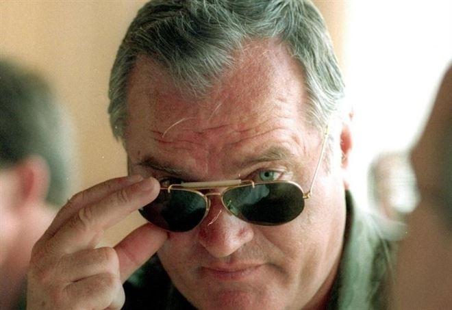 Ratko Mladic, comandante dei Serbi di Bosnia, nel 1993 (LaPresse)