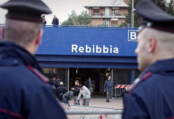 Rebibbia, fermata metro vicino al carcere di Roma (LaPresse)