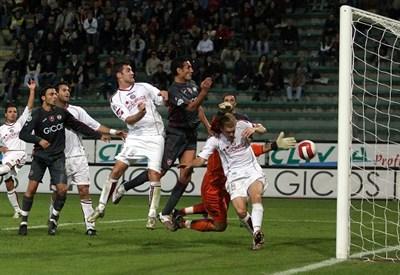 Reggina-Livorno è il posticipo della nona giornata di serie B (INFOPHOTO)