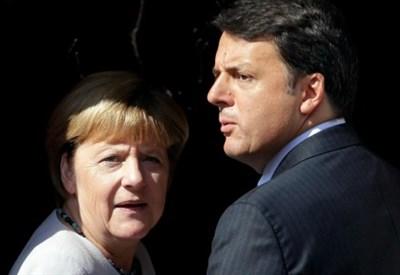 Angela Merkel con Mattero Renzi (LaPresse)