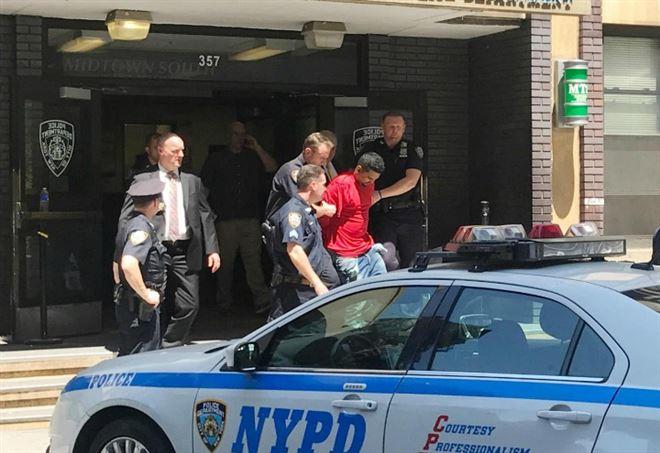 L'arresto di Richard Rojas (Foto: Lapresse)