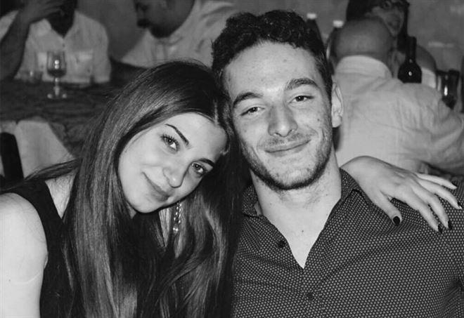 Roberto Caprara con la sua fidanzata Marianna - Facebook