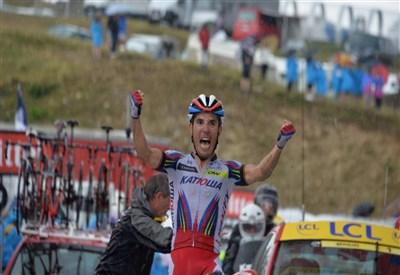 Joaquim Rodriguez sul traguardo di Plateau de Beille (da Facebook Le Tour de France)