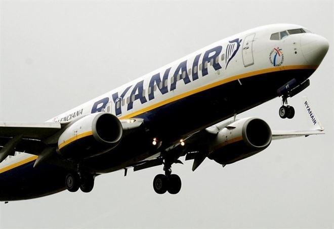 Ryanair ai propri piloti: