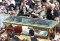 BERGAMO, PAPA GIOVANNI XXIII: 'SCIOLTE' MANI DI CERA/ Iniziata la veglia con i giovani
