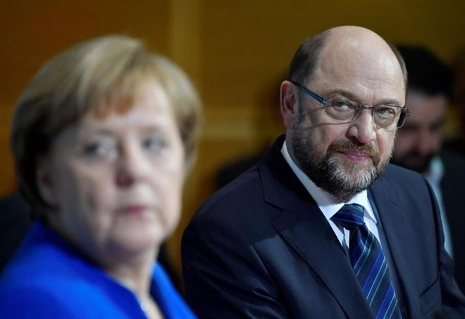 Angela Merkel e Martin Schulz (Lapresse)