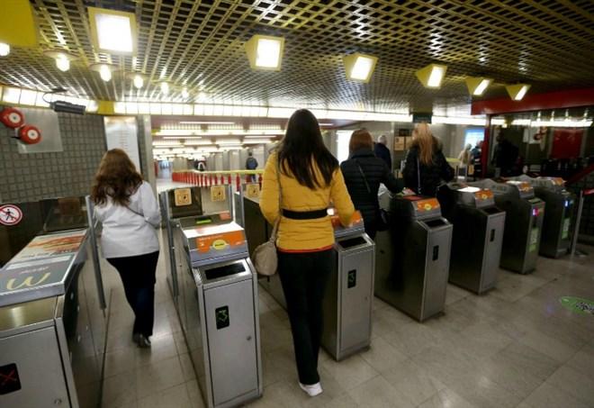 Metro M3 chiusa (LaPresse)
