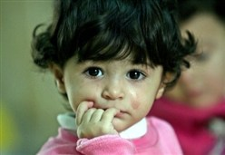 IL CASO/ Quei bambini imperfetti, sporchi, graffiati (e malati) scartati da noi adulti