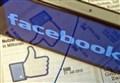 SCUOLA/ Facebook, quando si confonde vivere e comunicare...