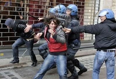 Gli studenti hanno manifestato in varie città (InfoPhoto)