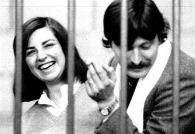 Susanna Ronconi e Sergio Segio durante il processo a Prima linea nel 1980 (Immagine d'archivio)