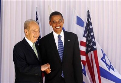 Barack Obama con il presidente israeliano Shimon Peres