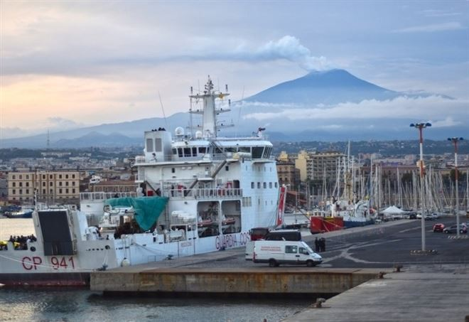 Il porto di Catania (Lapresse)