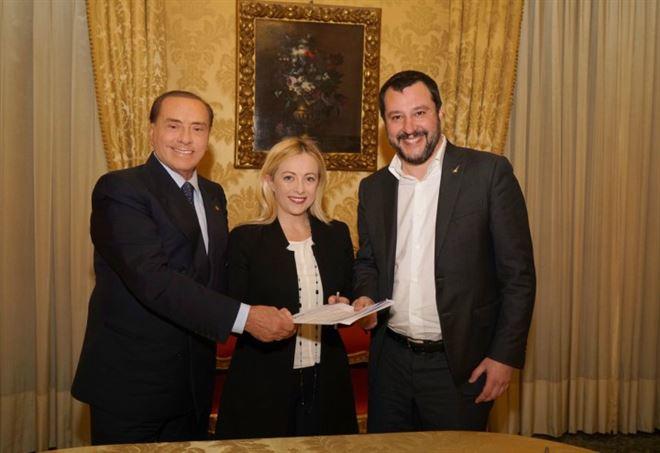 Berlusconi, Meloni e Salvini: Centrodestra a Palazzo Grazioli (LaPresse)