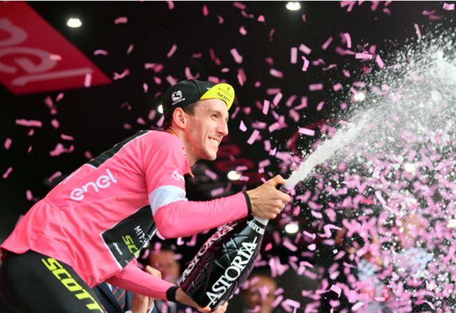 Classifica Giro d'Italia 2018: Simon Yates ancora maglia rosa (LaPresse)