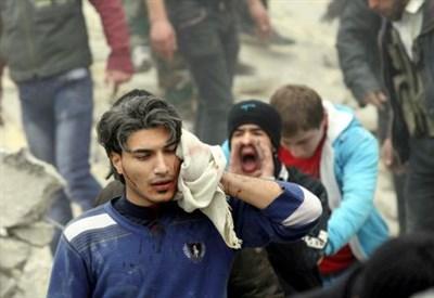 Bombardamenti ad Aleppo (Infophoto)