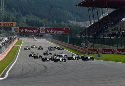 Diretta/ Formula 1 F1 gara live: vince Rosberg, secondo Ricciardo, terzo Hamilton! Scintille tra Raikkonen e Verstappen (Gp Belgio Spa 28 agosto 2016)
