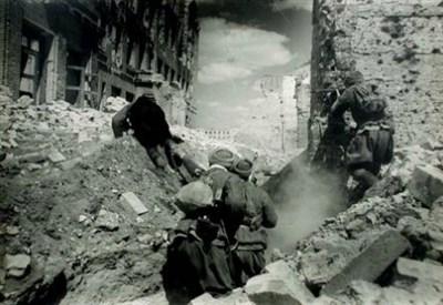 Soldati russi a Stalingrado (Immagine dal web)