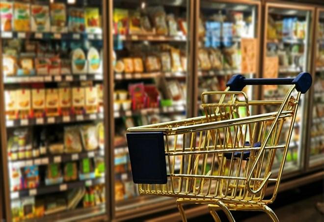 Supermercato, l'interno di un negozio (Pixabay)
