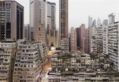 Sze Tsung Leong, Bahia Causeway I, Hong Kong. De la serie Ciudades 2004 ©Sze Tsung Leong Courtesy Yossi Milo Gallery, New York