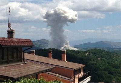 L'esplosione della fabbrica