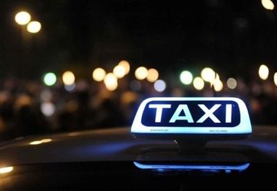 Sciopero Taxi Milano/ Oggi, contro abusivi e Uber: info e orari. L