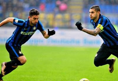 Alex Telles (sinistra), 23 anni e Mauro Icardi, 22 (INFOPHOTO)