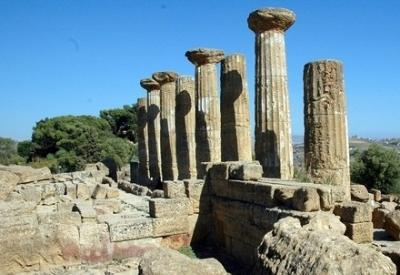 Le rovine di un tempio greco (Foto: Infophoto)