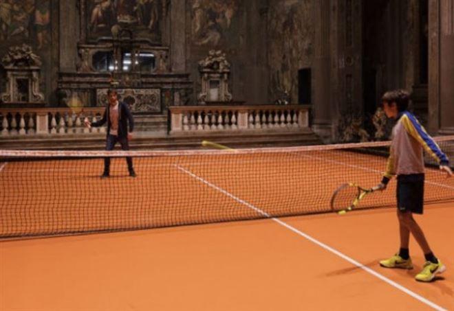 Tennis in chiesa