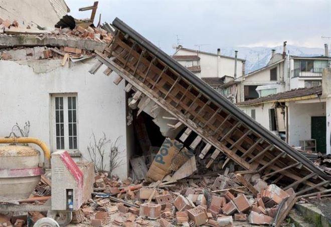 Terremoti, aggiornamenti in tempo reale (foto LaPresse)