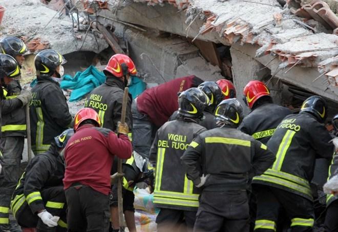 Terremoto oggi, le scosse (Foto: Lapresse)