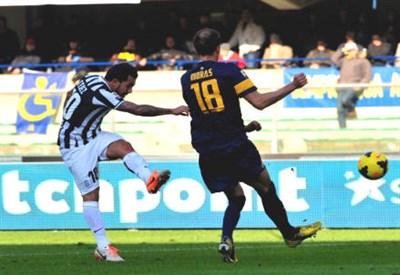 Moras, calciatore dell'Hellas Verona (Infophoto)