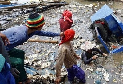 Dopo il disastro delle Filippine (Infophoto)