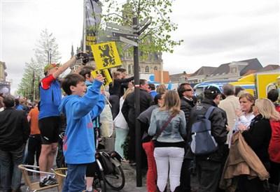 Il grande tifo tipico delle Fiandre (da Facebook Ronde Van Vlaanderen)