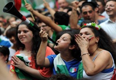 I tifosi italiani sono pronti a scendere in piazza (INFOPHOTO)